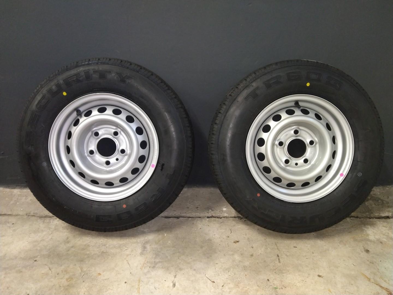 175/80R13C wiel